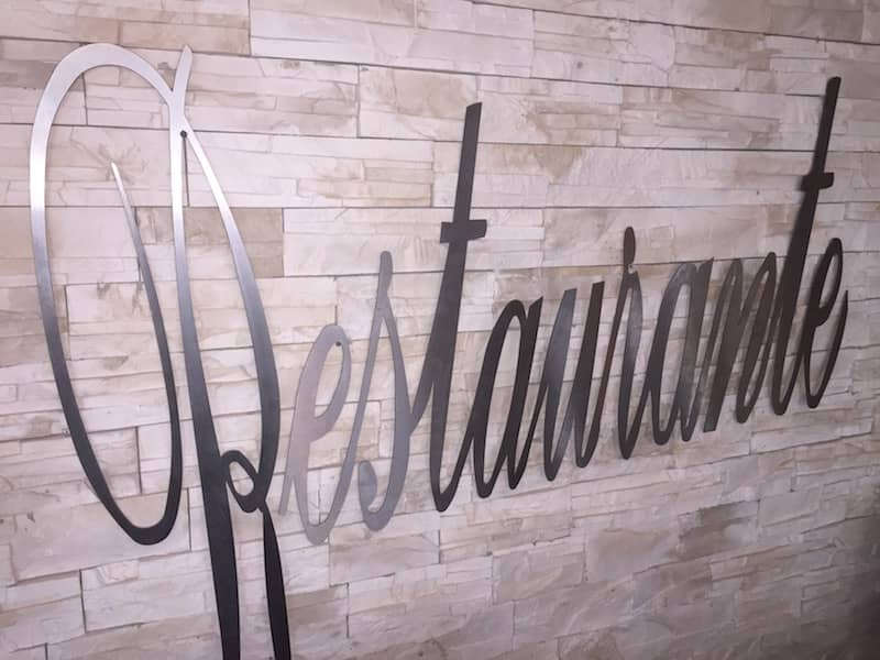 Aluminum Diamond Plate Metal Logo Sign Restaurante