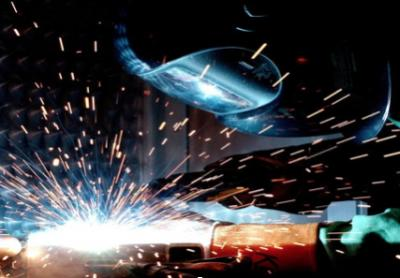 Guest Post: 5 Benefits of Having a Career in Welding